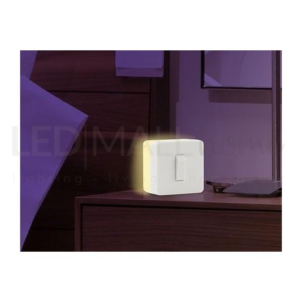 LAMPADA NOTTURNA con interruttore on-off batteria 3 X AAA